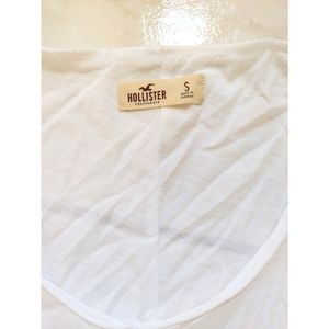 """Hollister Tops - Hollister """"Keep the Wild in You"""" T-shirt"""